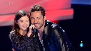 Sofía canta El Universo sobre mi de Amaral la voz kids