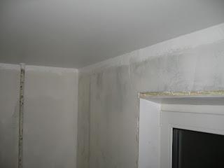 первый слой краски на потолке