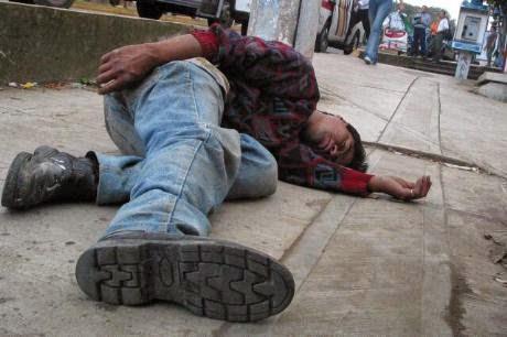 Que índice de la sangre indica al alcoholismo