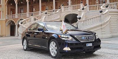 Luxury Lexus LS600h