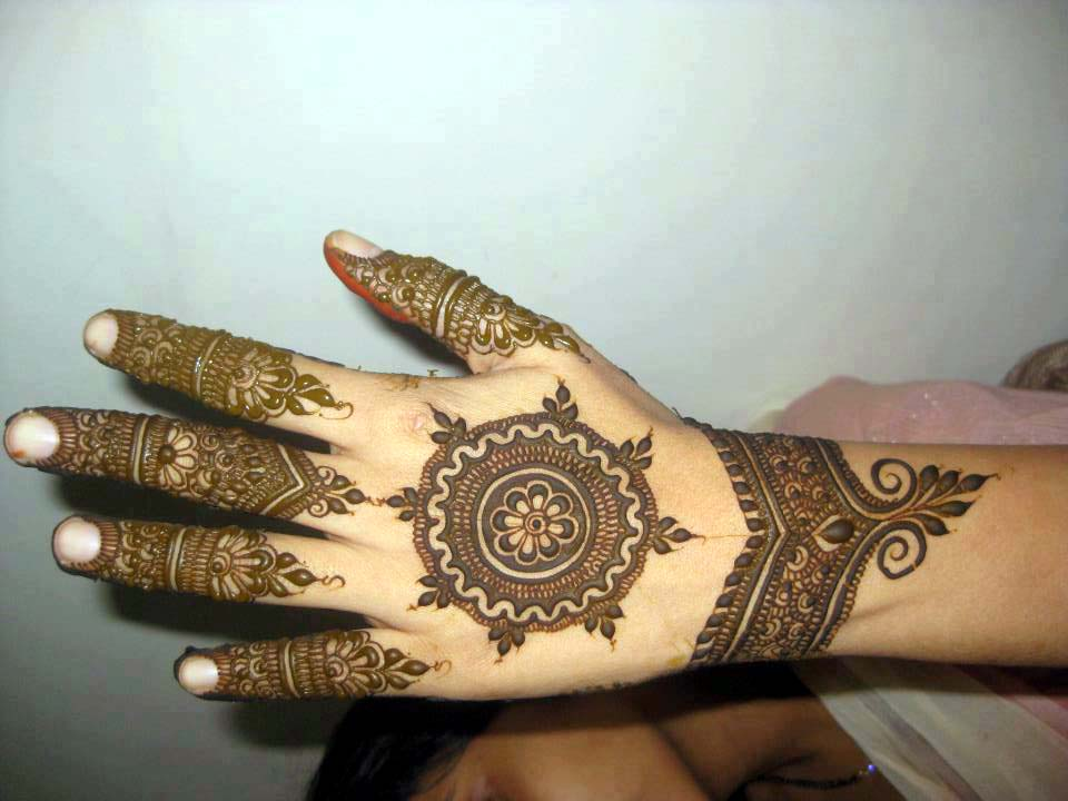 Mehndi Designs For Hands Ebook Free Download : Bridal mehndi designs simple and elegant arabian