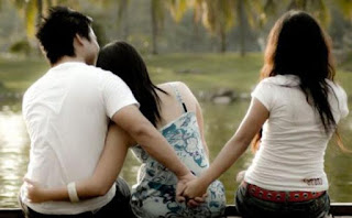 10 Pertanda Jika Pasangan Anda Mulai Selingkuh