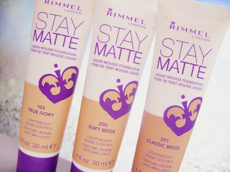 Matujący podkład Stay Matte, Rimmel