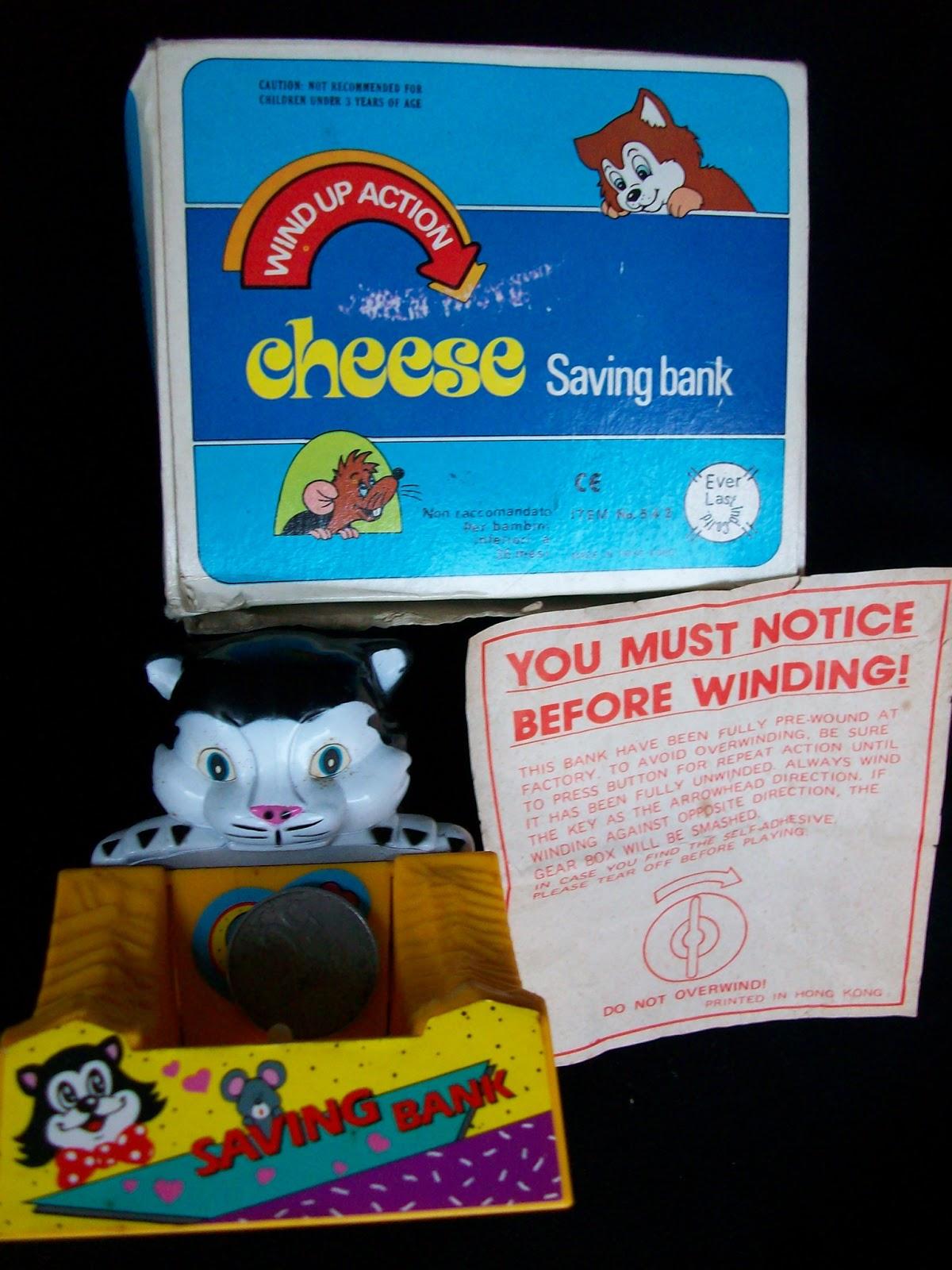 mainan kucing dan tikus lucu dan unik mainan ini era akhir tahun 70an dan awal 80an minat bahan plastik Rp 100 ribu saja
