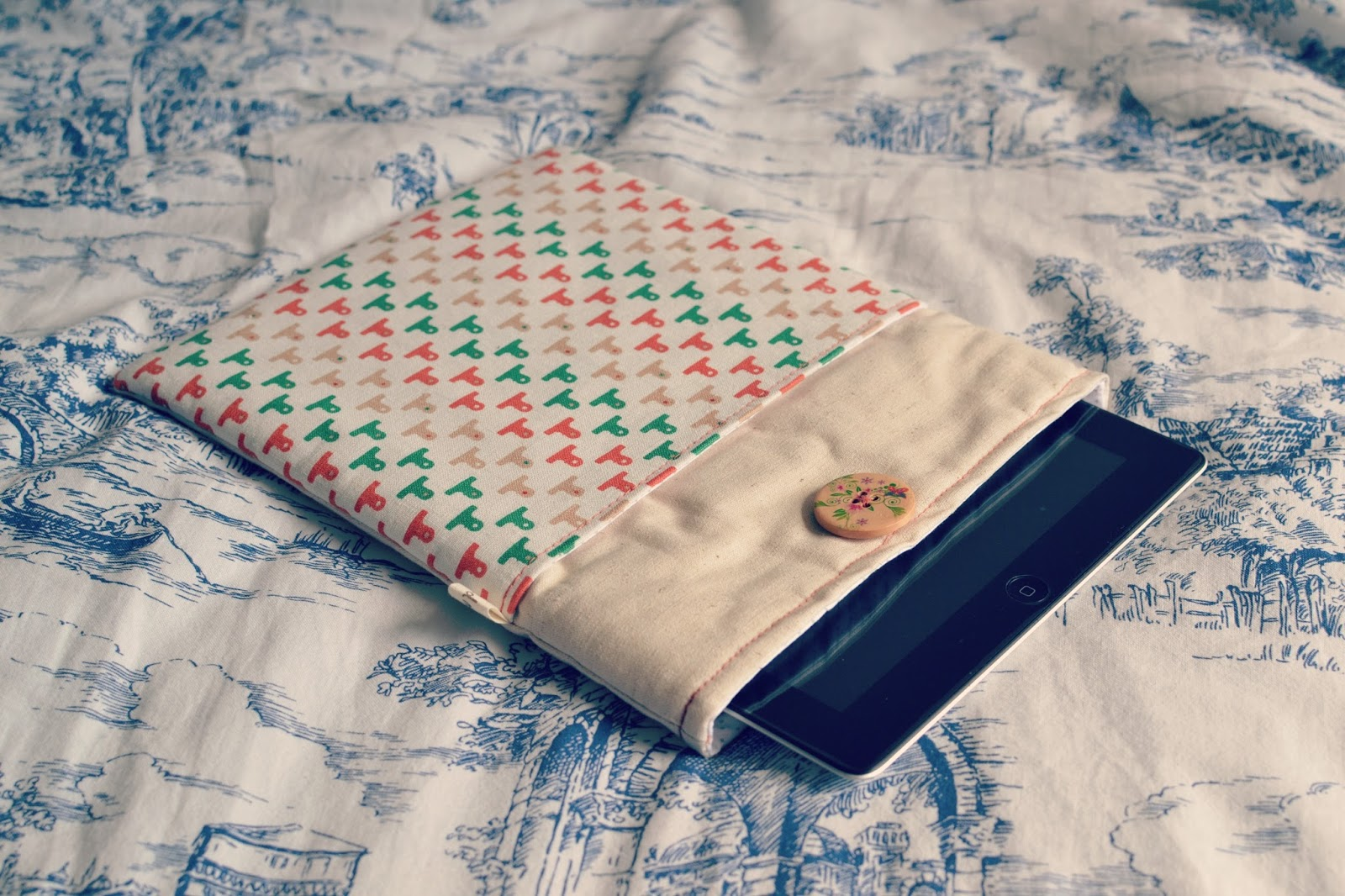 ipad case, ipad, apple