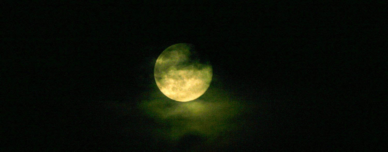 Spooky coloured moon