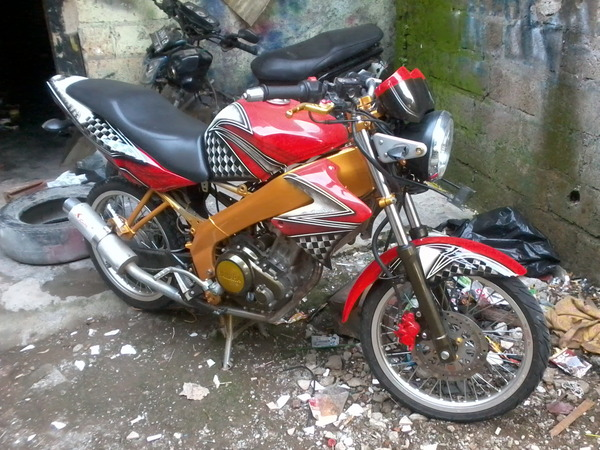 Modifikasi Vixion Air Brush title=