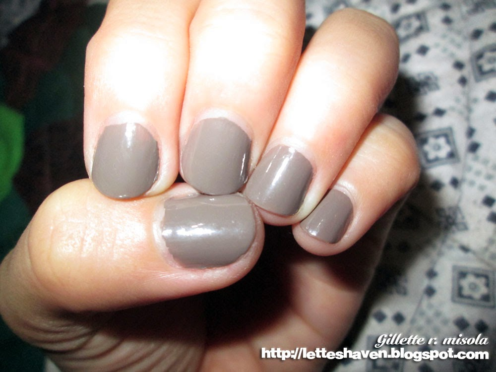 Chic Glaze Ash Nail Polish