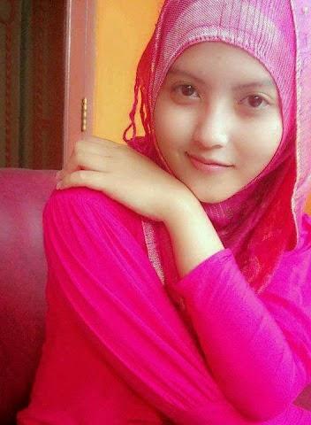 Gadis Cantik Berjilbab
