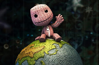 High Quality 3D Doll on Globe for cell phones.