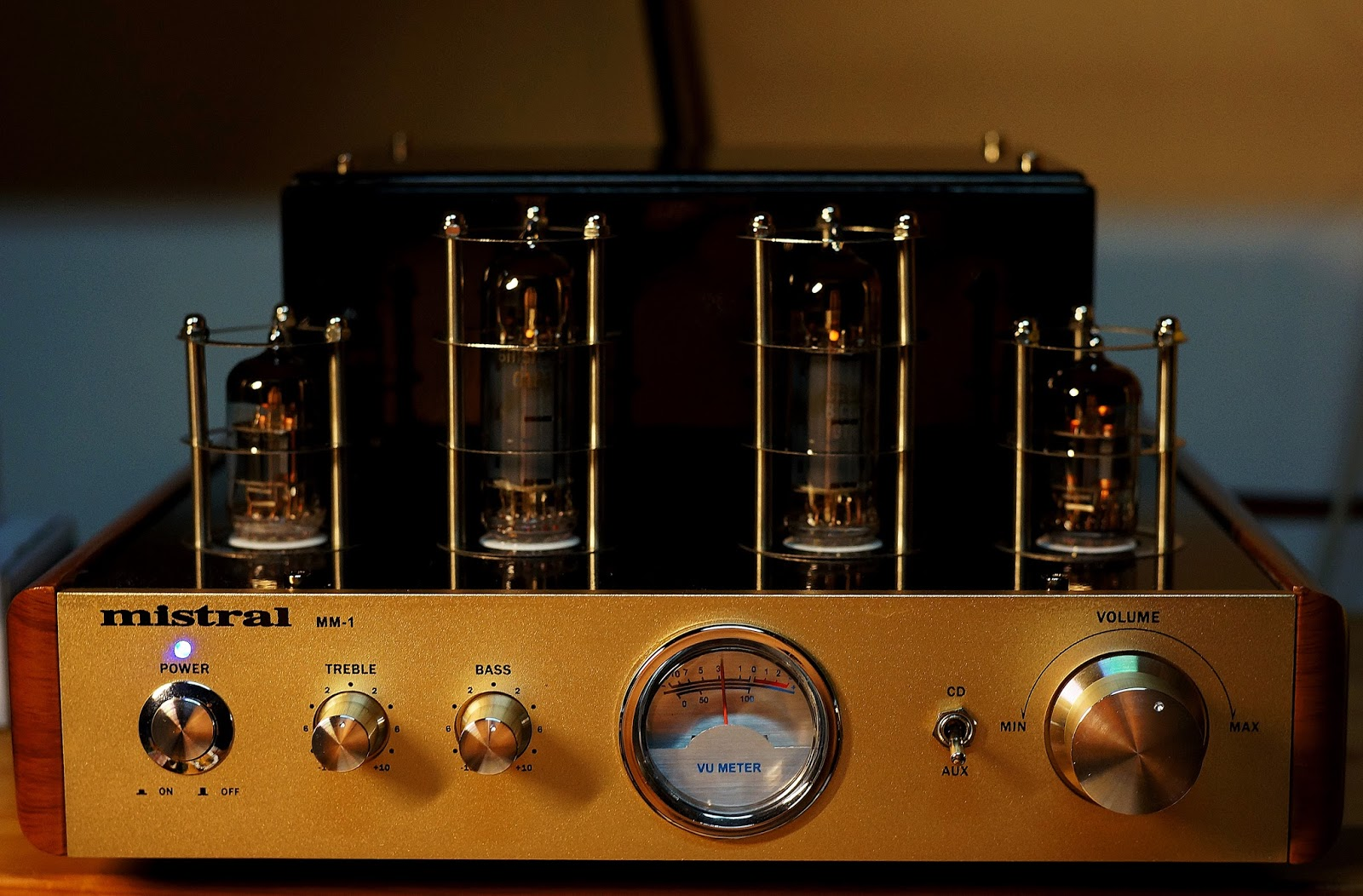 Project Repair Mistral Mm 1 Hybrid Tube Amplifier 6n2p Pretone Low Volt Cost Circuit Diagram Super I Did Not Connect The Led Lighting For Vu Meter Because Felt It Was Far Too Glaring And Spoiled Look Of This Otherwise Good Looking Amp Tubes