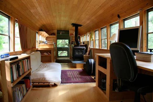 Bus_house