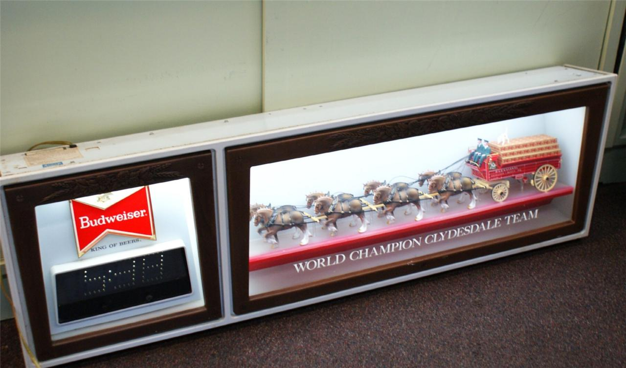 Large Vintage Budweiser Clydesdales Lighted Sign And Clock