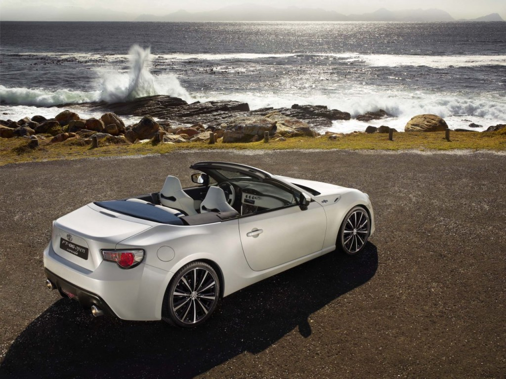 Toyota FT-86 Open Concept's Interior is Shockingly Good