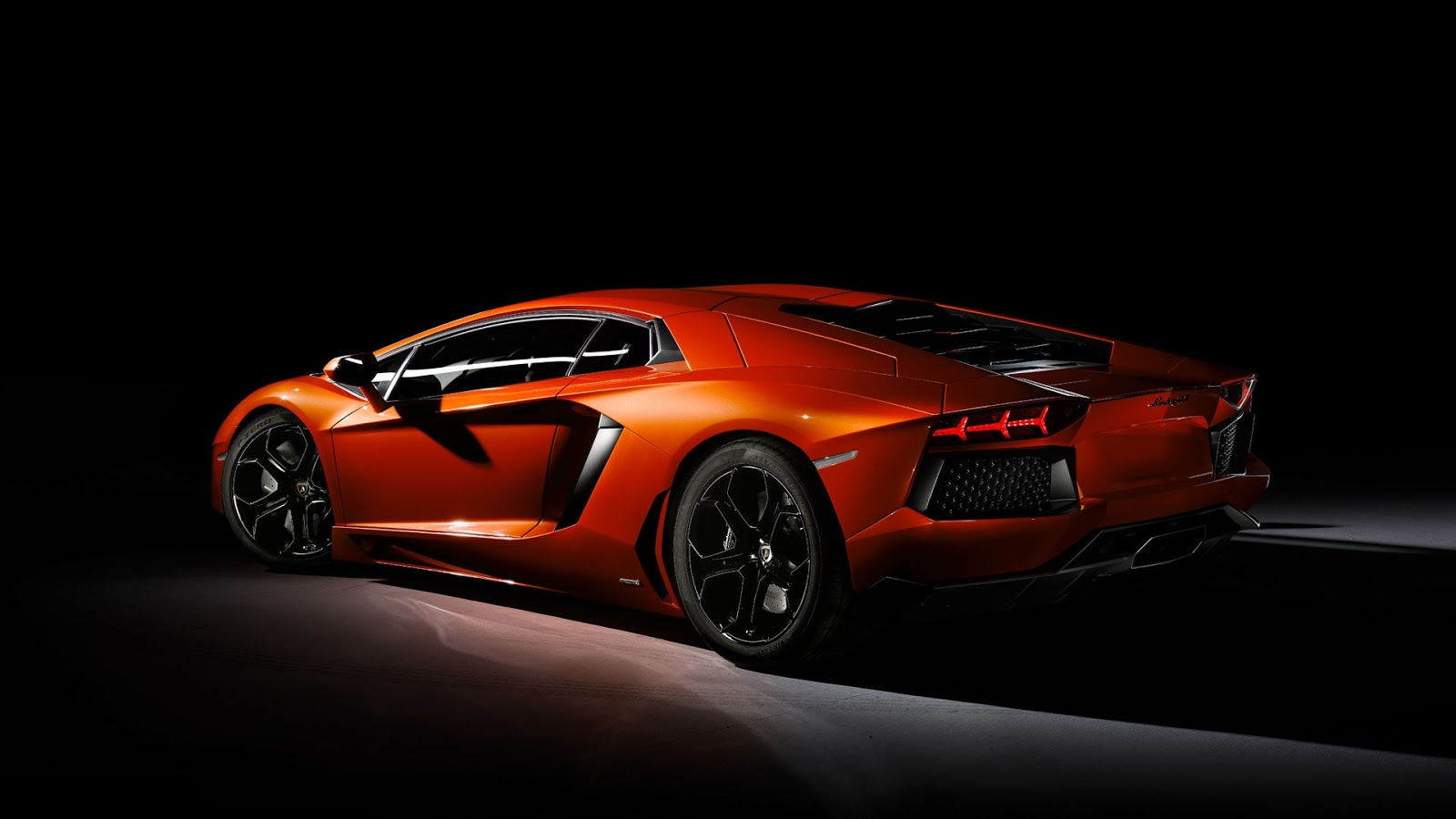luxury lamborghini cars lamborghini aventador wallpaper hd. Black Bedroom Furniture Sets. Home Design Ideas