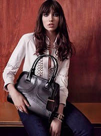 TOD'S WOMEN FW2015/16 Ad Campaign