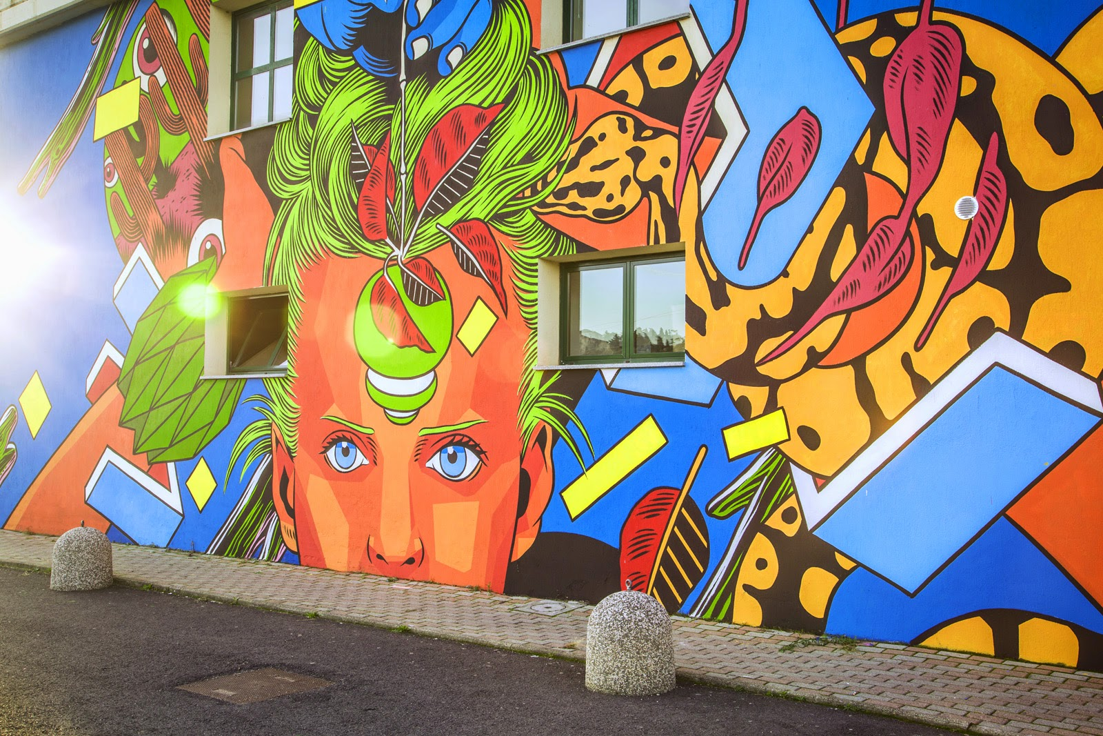After Gaeta and Terracina, Bicicleta Sem Freio stopped by the city of Pinerolo in Italy to work on a tropical new piece.