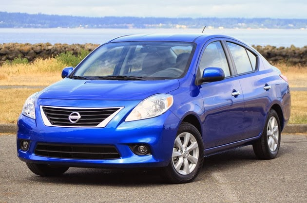 The Poor Car Reviewer 2013 2014 Nissan Versa Sv And Versa Note Sv