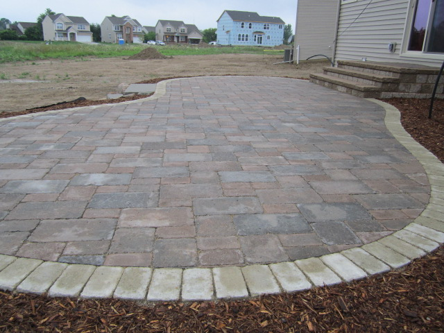 Ordinaire This Raised Brick Paver Patio Was Installed In 4 Days By An Experienced  Crew, Proper Tools U0026 Equipment, Efficient Site Planning, And A Functional  ...