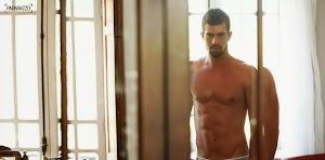 Aciriris do dia: Vocês já viram as fotos sensuais do gostosão de Amor & Sexo?