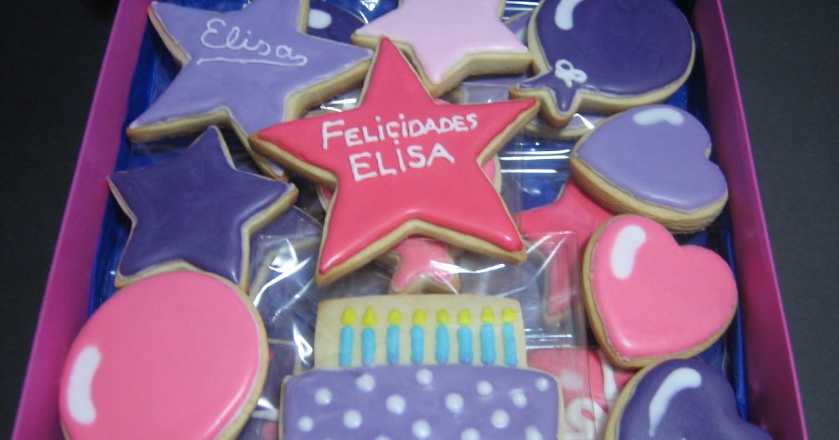 Galletas cumplea os de elisa for Puertas decoradas de navidad trackid sp 006