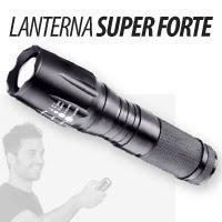 Compacta e Indispensável - Lanterna Super Forte