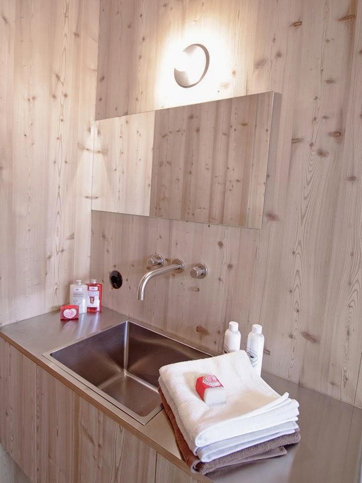 Gambar Desain Rumah Panggung Kayu Model Minimalis Sederhana 28