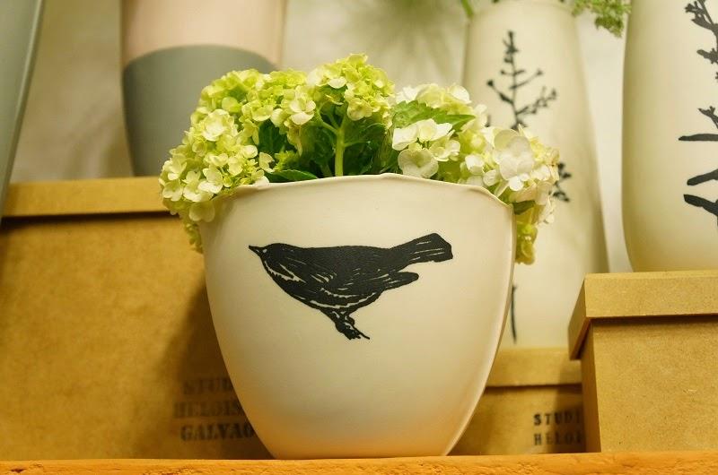 Vazo de porcelana do Studio Heloisa Galvão - Feira Rosenbaum Especial Mães