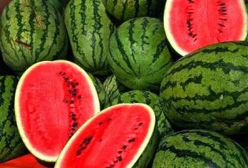 5 Manfaat Buah Semangka untuk kesehatan tubuh kita