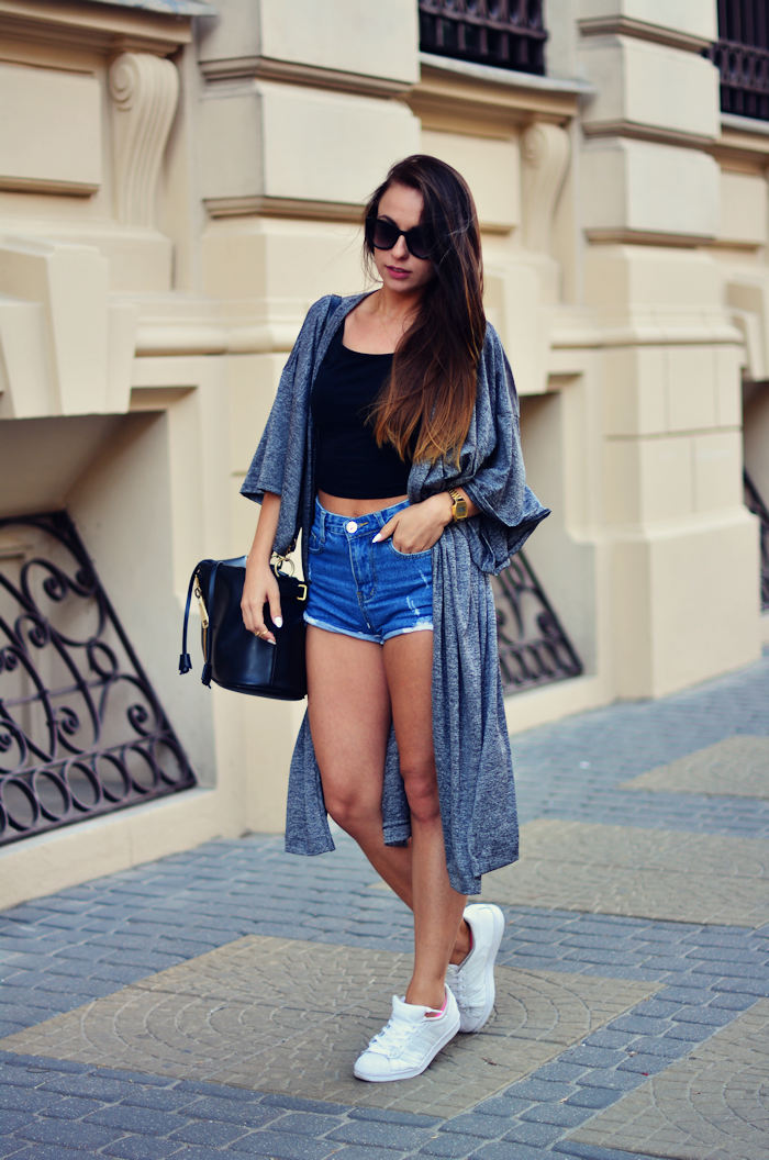 http://furioussquirrel.blogspot.com/2015/08/gray-and-long.html
