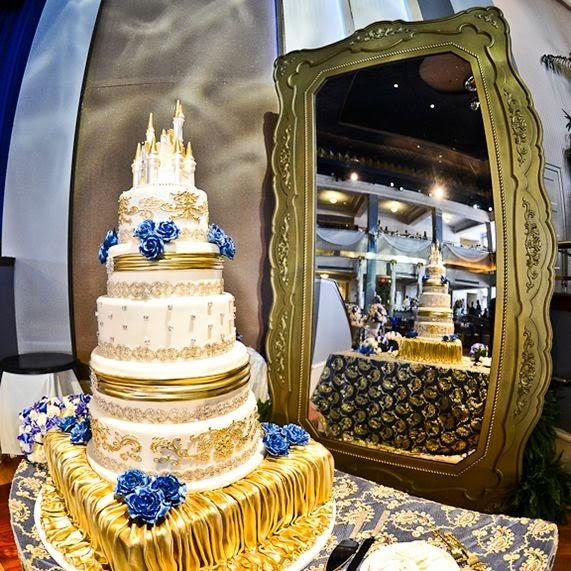 Beauty and the Beast Wedding Cake   Wedding Stuff Ideas