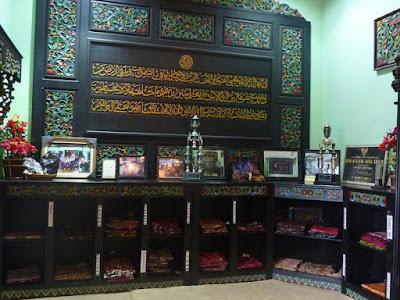 Membuat Batik Indonesia Rumah Batik Jawa Timur