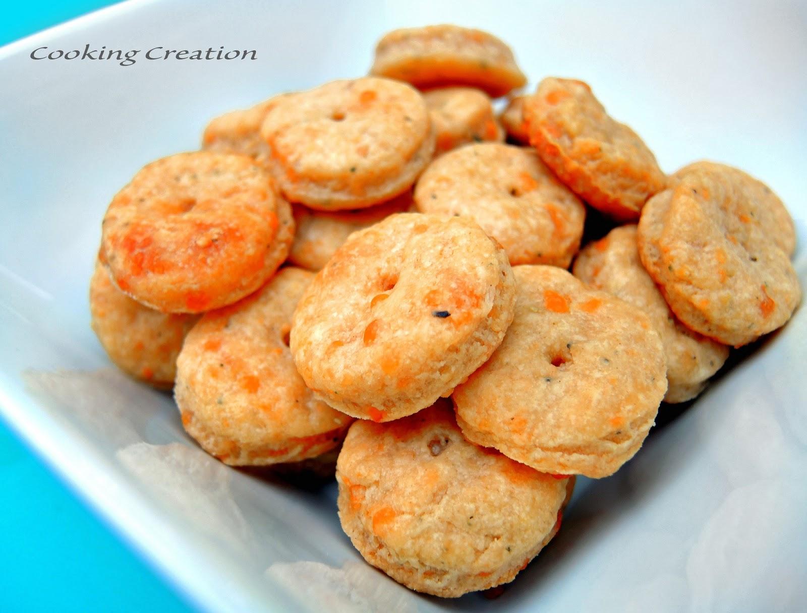 Cooking Creation: Baked Cheddar, Parmesan & Sage Crackers