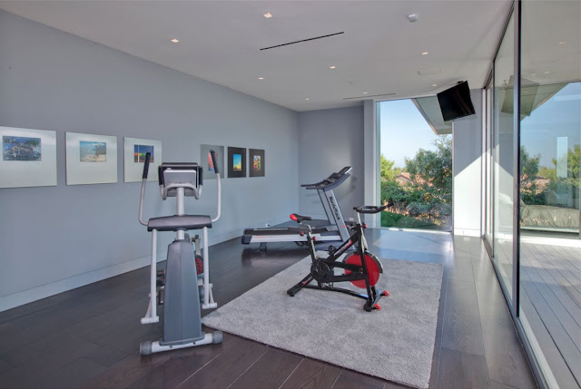 Gym room in modern home