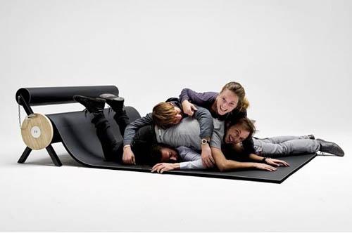 Karpett with family