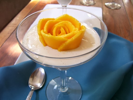 Yogur con flor de Mango