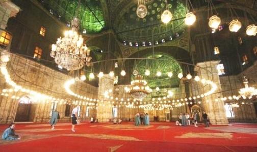 http://4.bp.blogspot.com/-x4FfBxCesmY/UZnCWY5r8MI/AAAAAAAACoQ/pATnT86Dm5g/s320/009++interior-masjid-muhammad-ali-pasha-di-kairo-mesir-_120704211559-434.jpg