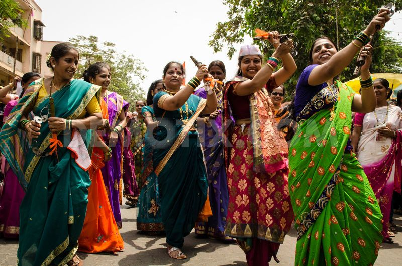 essay on new year celebration in india India is a land of fairs and festivals as different communities belonging to different religions live here, therefore many festivals are celebrated regularly every year.