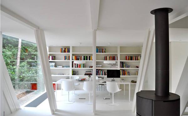 es estudio se encargo de dar modernidad y elegancia a una simple cabaa de madera en un diseo de vivienda