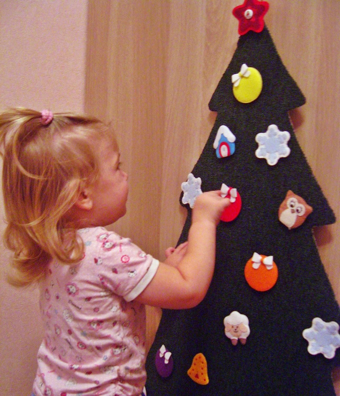 Развивающая новогодняя елочка для малышей