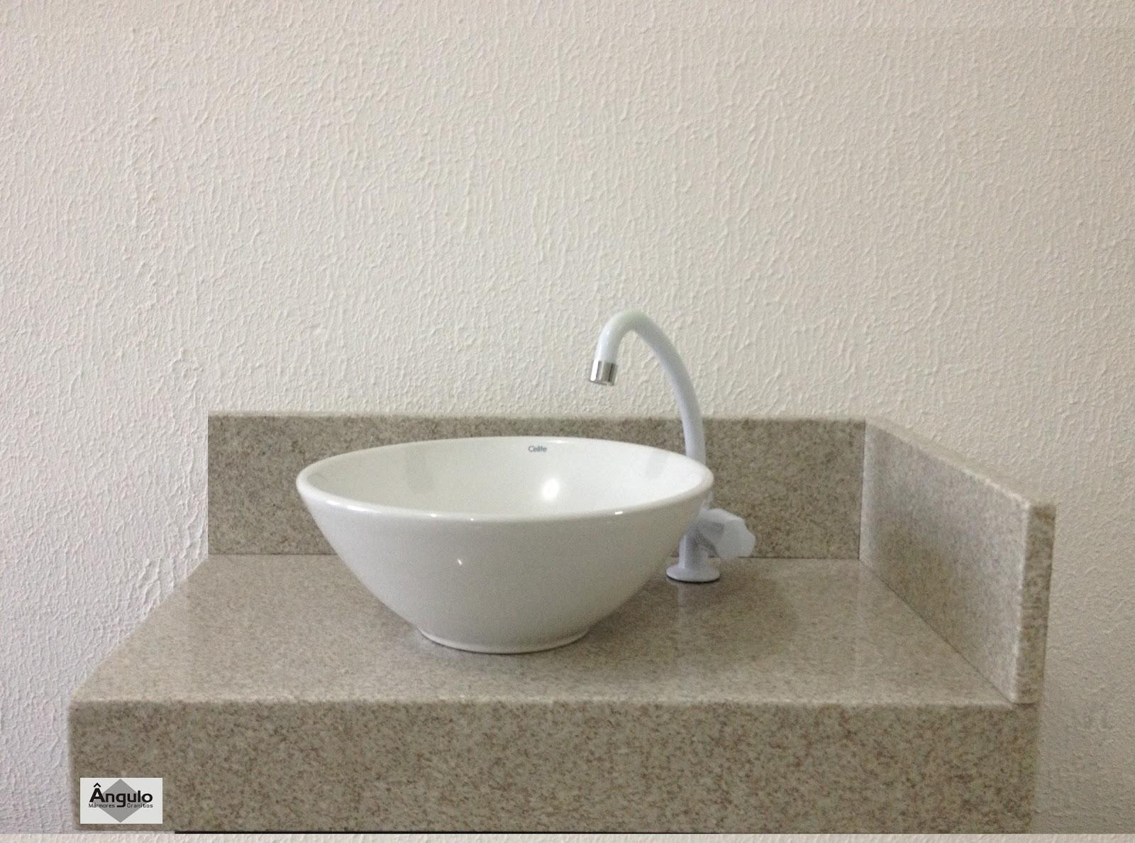 Mármores e Granitos: Bancada de Banheiro Granito Branco Siena #5B5141 1600x1188 Armario Para Banheiro De Granito