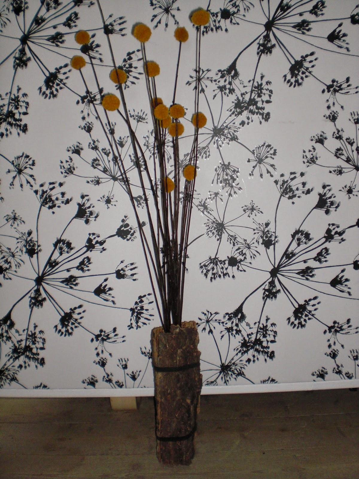 DIY barkvase med blomster