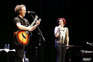 Anneke Van Giersbergen & Danny Cavanagh