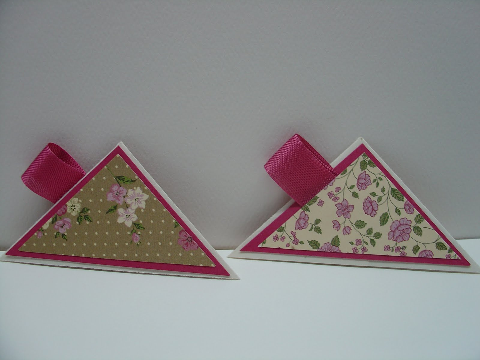 Mary 39 s craft room so simple corner bookmarks for Simple bookmarks