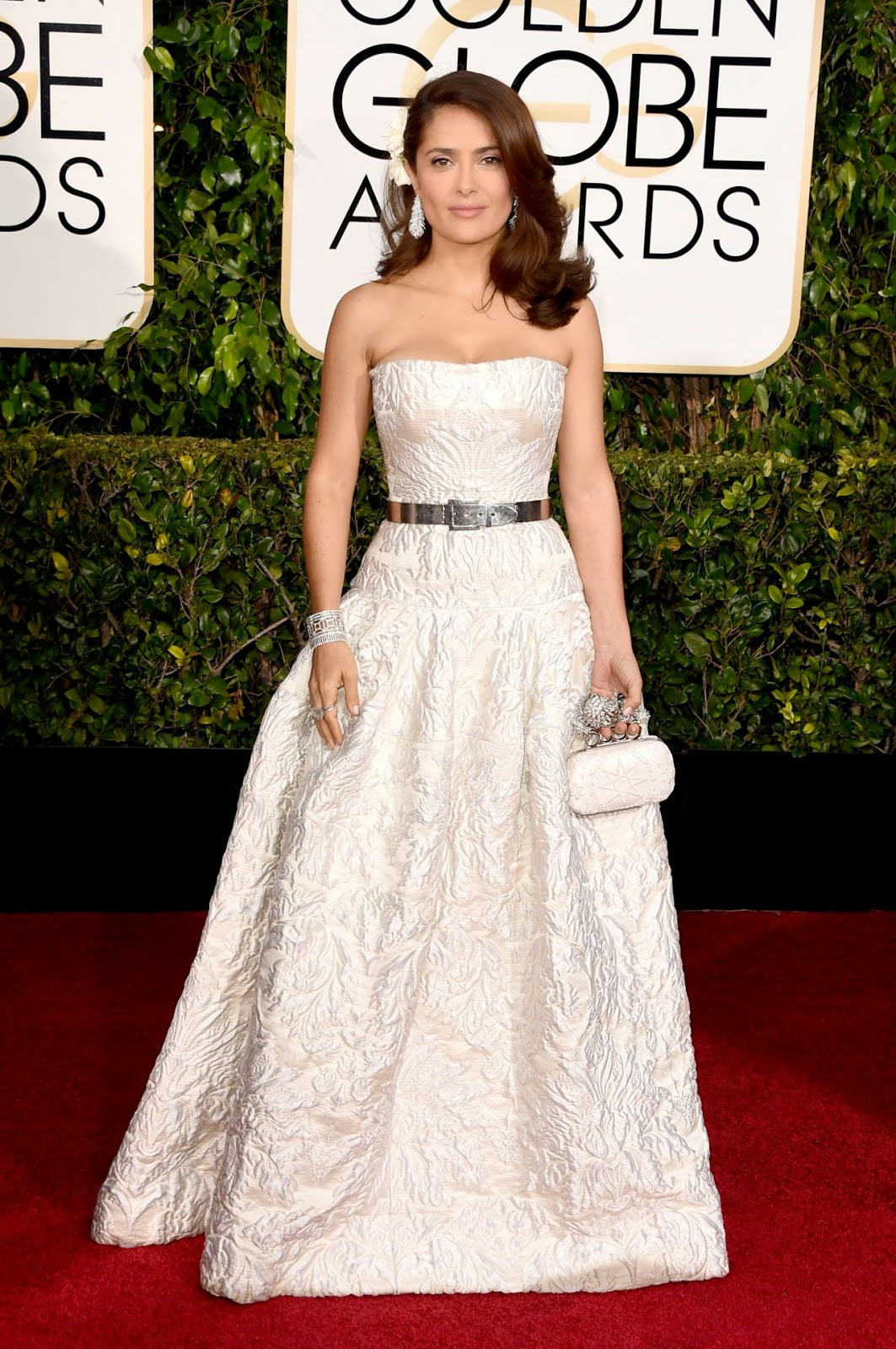 Salma Hayek dazzles in a white brocade dress at the 2015 Golden Globe Awards