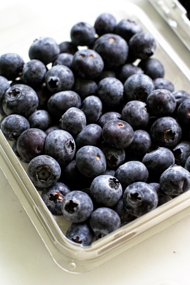 Fresh blueberries for parfaits!