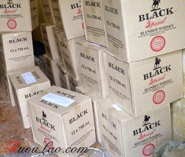 thùng ruou black lao