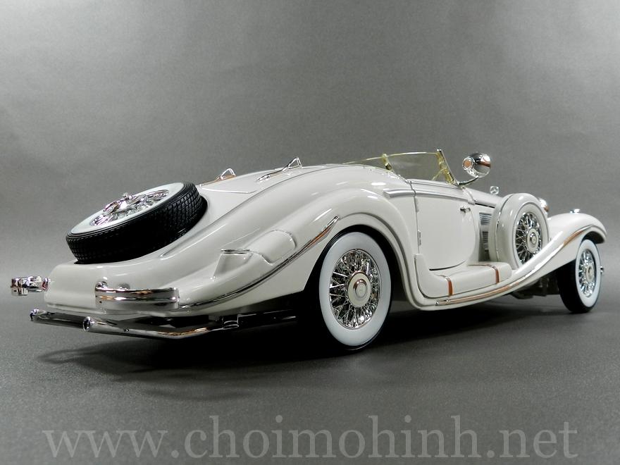 Mercedes-Benz 500 K TYP Specialroadster 1936 1:18 Maisto white back
