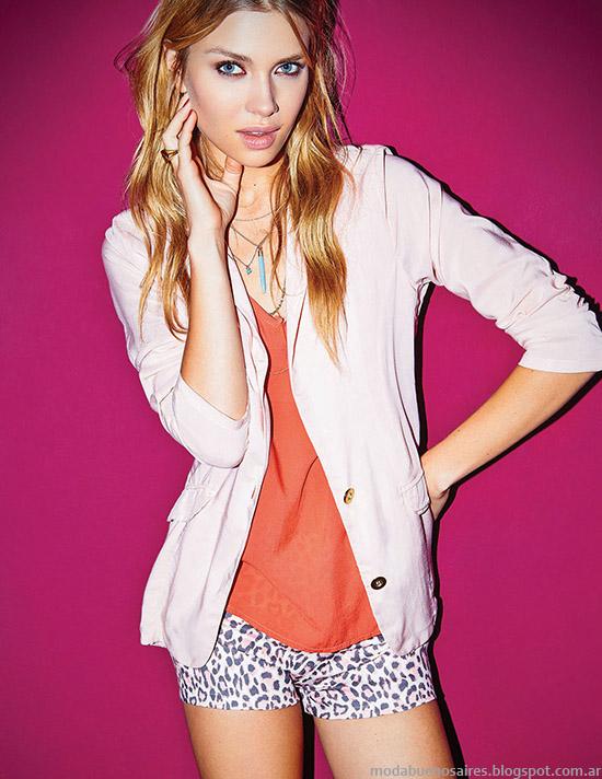 Moda 2015. Cuesta Blanca looks de moda 2015, ropa de mujer casual urbana.