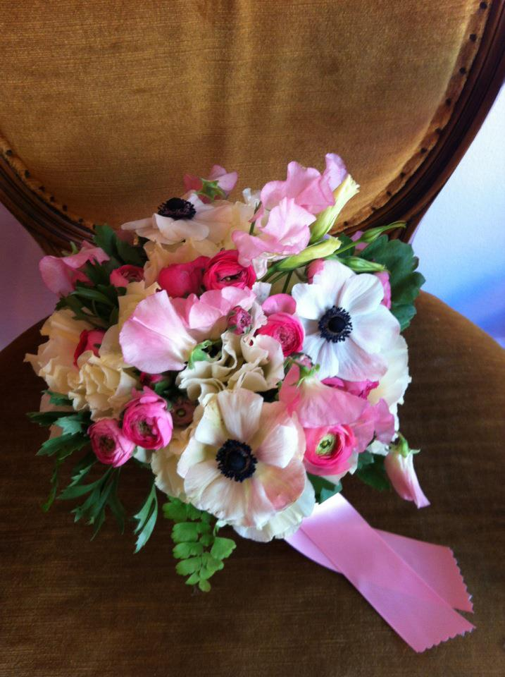 The silk wedding flowers